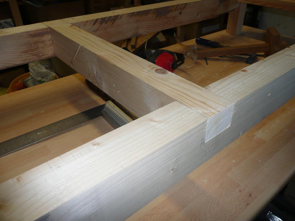 Geek canal historique fabrication d 39 un tabli - Construction etabli en bois ...